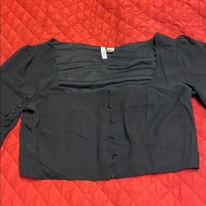 H&M cropped button up top